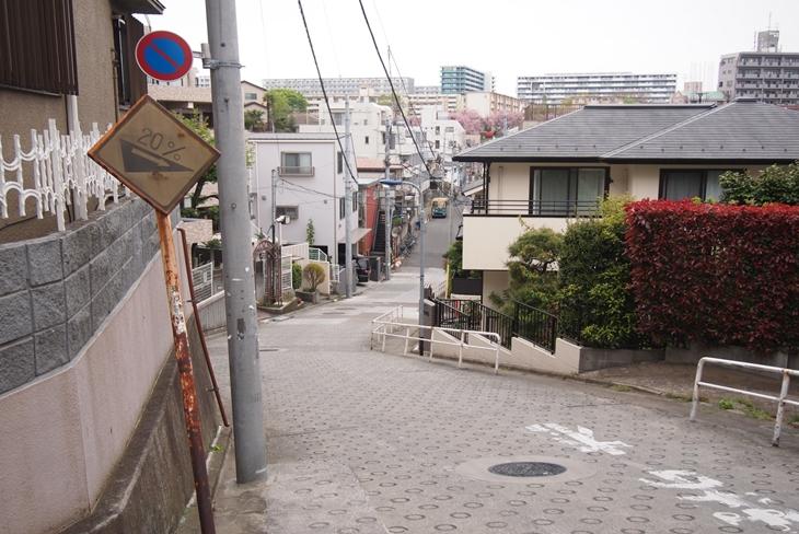 mikadukisaka_2